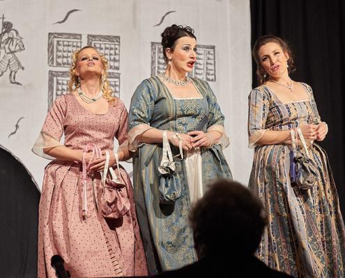 """Allegro Vivace - """"Der Bettelstudent"""", Barbara Felicitas Marin, Silke Hartstang, Linda Hergarten"""