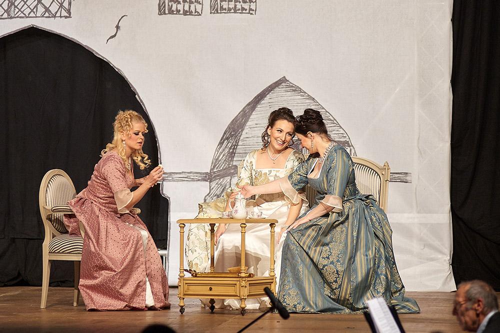 """Allegro Vivace - """"Der Bettelstudent"""", Barbara Felicitas Marin, Linda Hergarten, Silke Hartstang"""