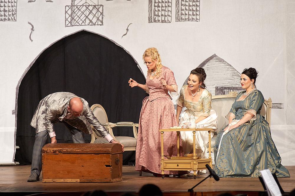 "Allegro Vivace - ""Der Bettelstudent"", Thomas Michael Günther, Barbara Felicitas Marin, Linda Hergarten, Silke Hartstang"