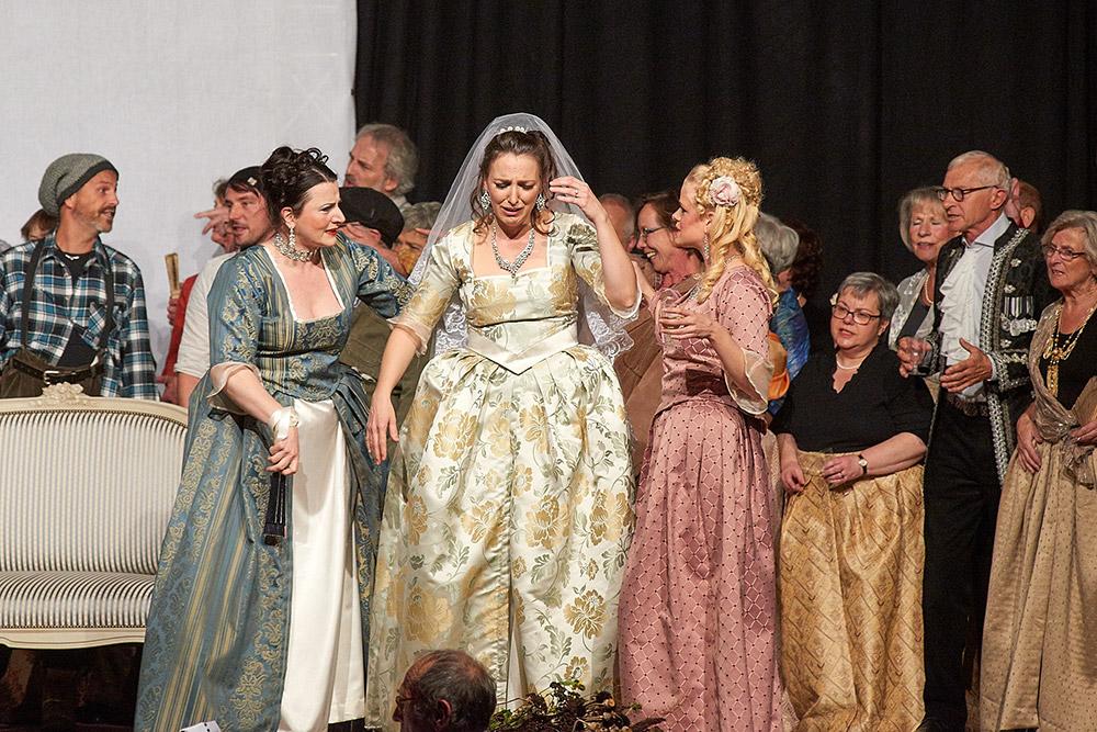 """Allegro Vivace - """"Der Bettelstudent"""", Silke Hartstang, Linda Hergarten, Barbara Felicitas Marin"""