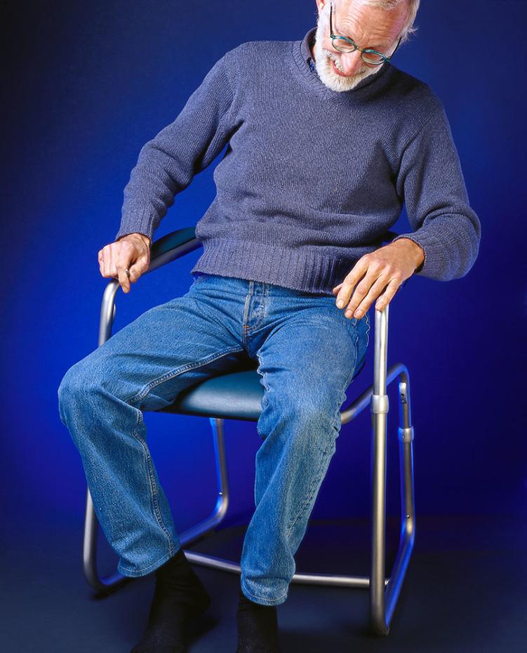 Heinz Gumpert auf seinem Stuhl