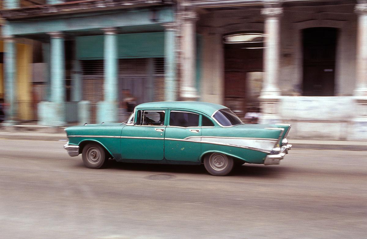 Kuba - Grünes Auto in Havanna