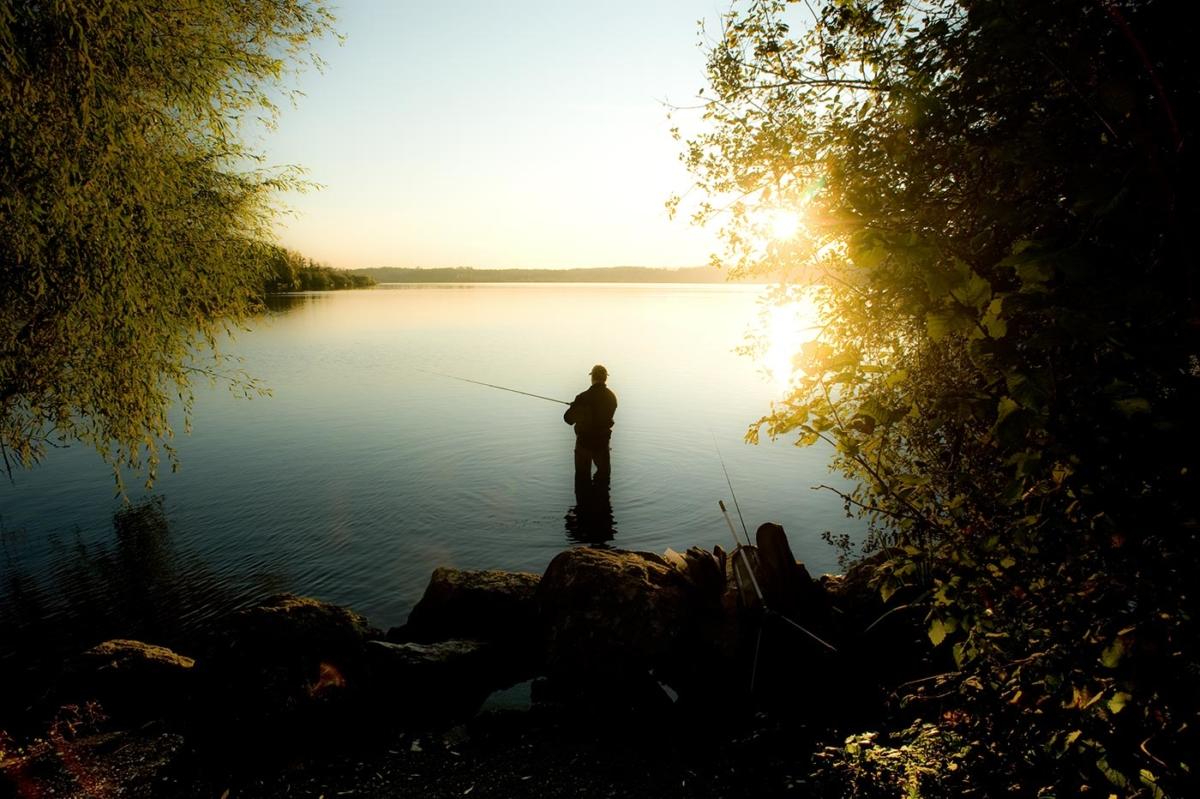 Angler an den Krickenbecker Seen